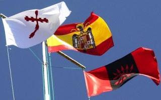 Bandera-España-Falange-Requeté