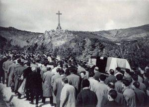 1959: Traslado de los restos de José Antonio al Valle de los Caídos